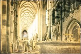 Altar mit Domschiff
