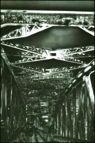 Alte Brücke über die Elbe in M.