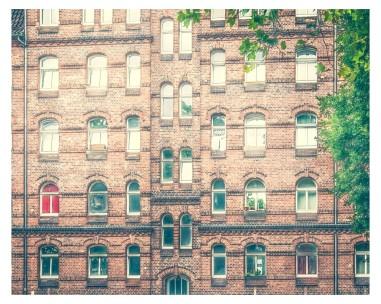 """""""Das rote Fenster"""" -Ysenburger Str. in KS - Wohnhaus"""