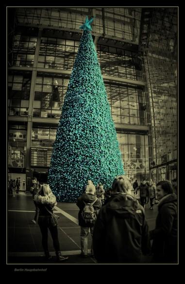 Weihnachten steht ins Haus....Baum HBF