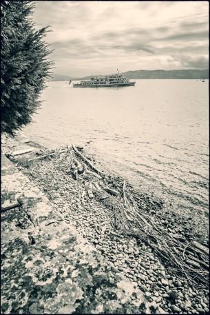 Ufer mit Schiffchen..