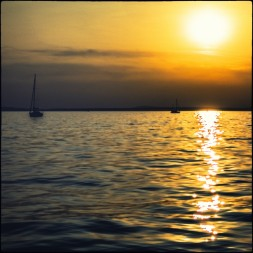 Die Sonne...am Abend über dem See