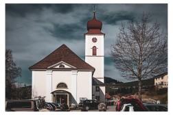 Kirche unterhalb des Pfänders...