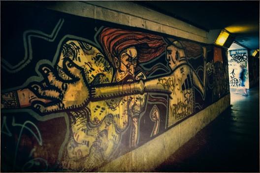 Grafitti in einer Straßenunterführung