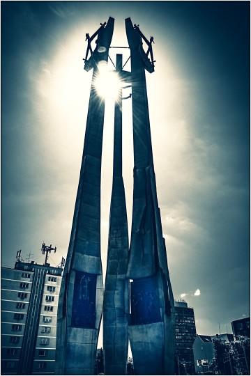 Denkmal für die ca. 30 getöteten Werftarbeiter im Streik von 1970