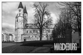 Kirche mit Kloster (nicht der Dom)