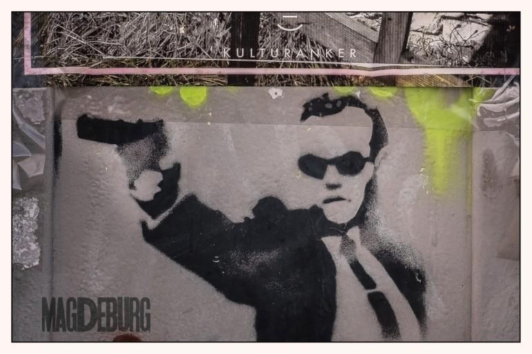 """Grafitti an der Sternbrücke - ein KLON aus dem Film  """"Die MATRIX"""""""