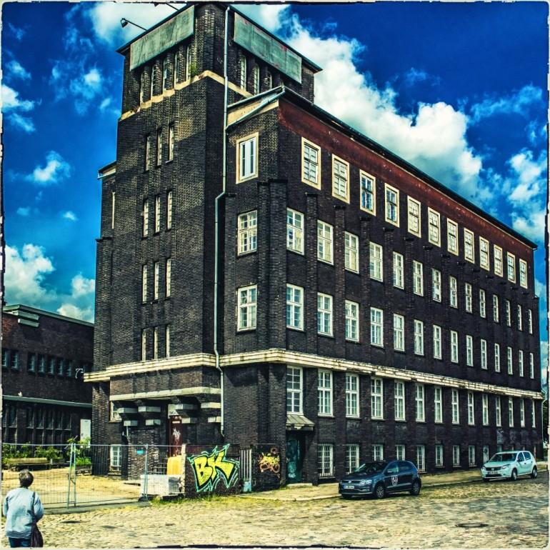 Bürogebäude im Hafen