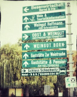 Hinweisschilder in Höhnstedt