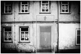 verfallenes Haus / Photomontage