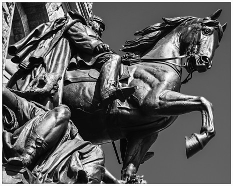 Des Kaisers Pferdchen plus Reiter