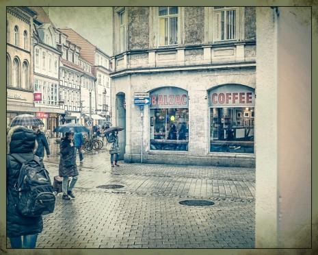 """Groner Tor / Ecke Lange Geismar Str. """"Cafe Balzac"""""""