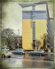 Blick auf das Hauptgebäude des LK
